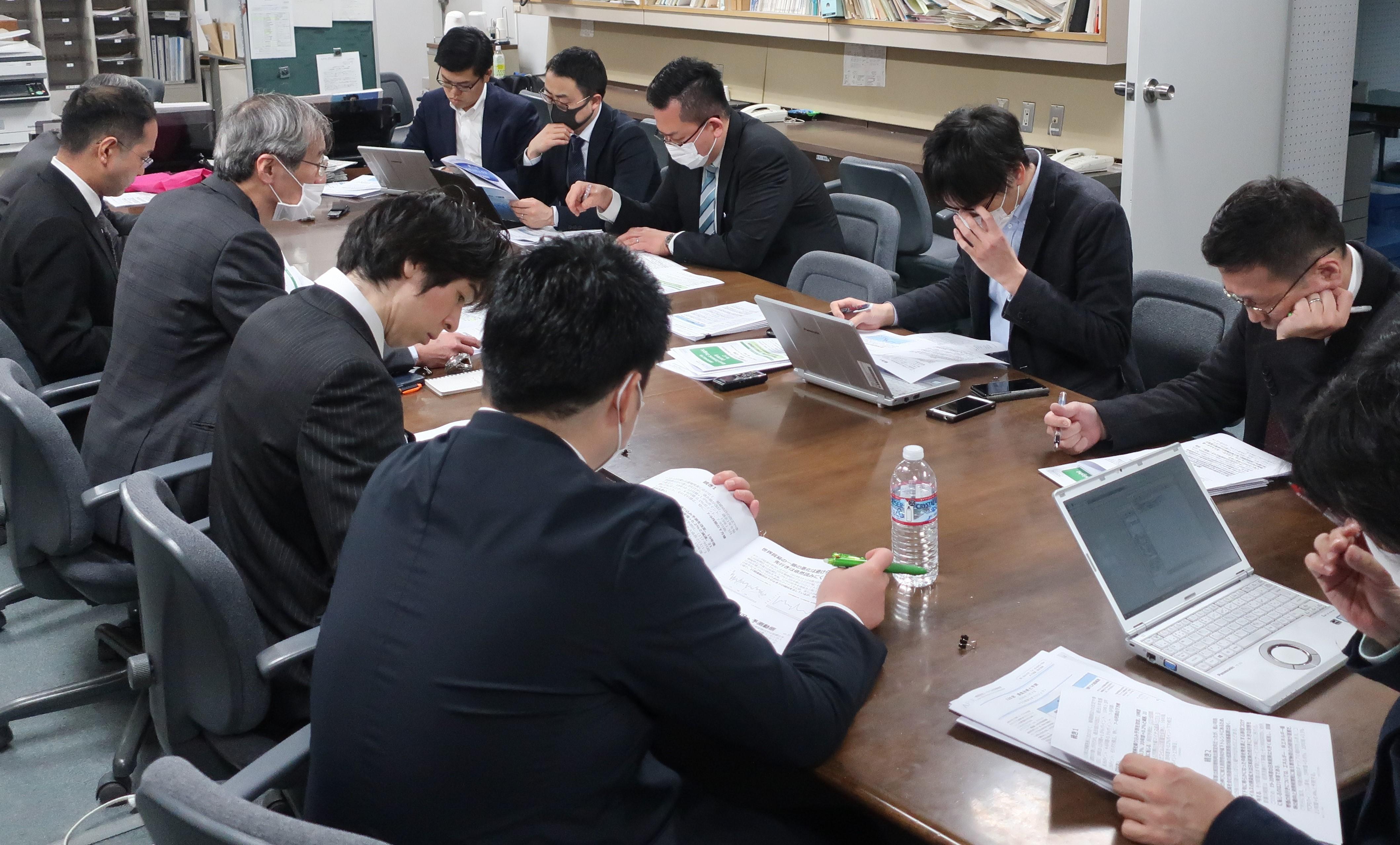 最新の2019・20年度関西経済見通しが掲載