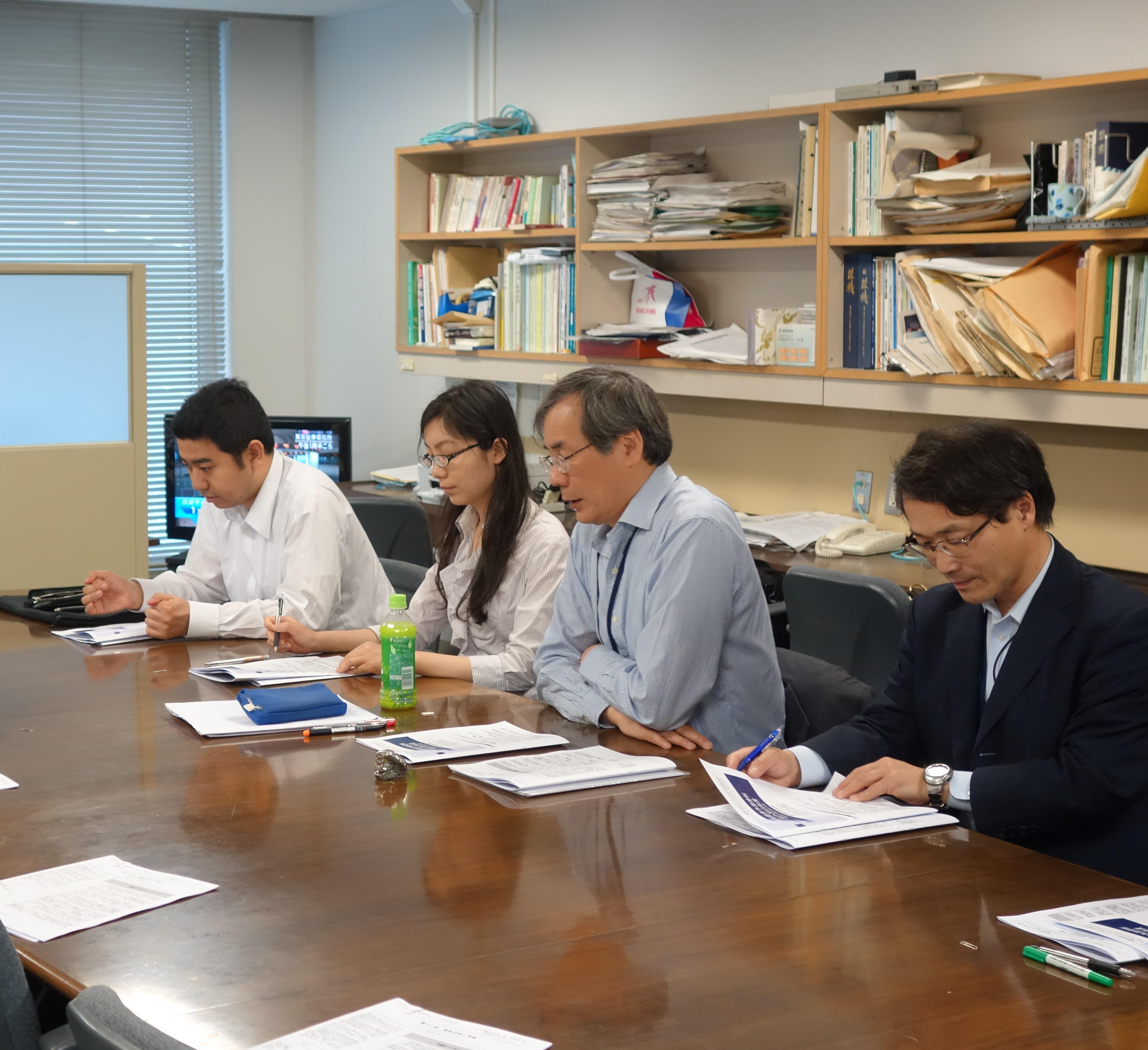 最新の日本経済見通しを発表