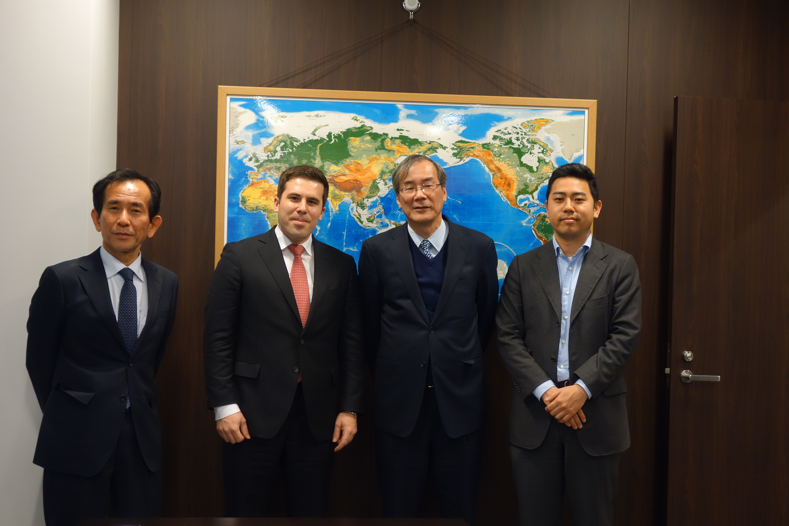 大阪・神戸ドイツ連邦共和国総領事館より経済担当官がご訪問